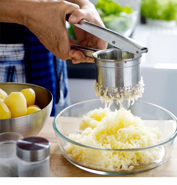 potato-masher-ricer-02