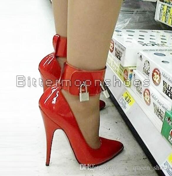 2018 BDSM Sexy Fetish High-Heel Pumps Lock And Key High Heels Pointed Toe Ankle Strap Padlocks Black Single Shoes Big size