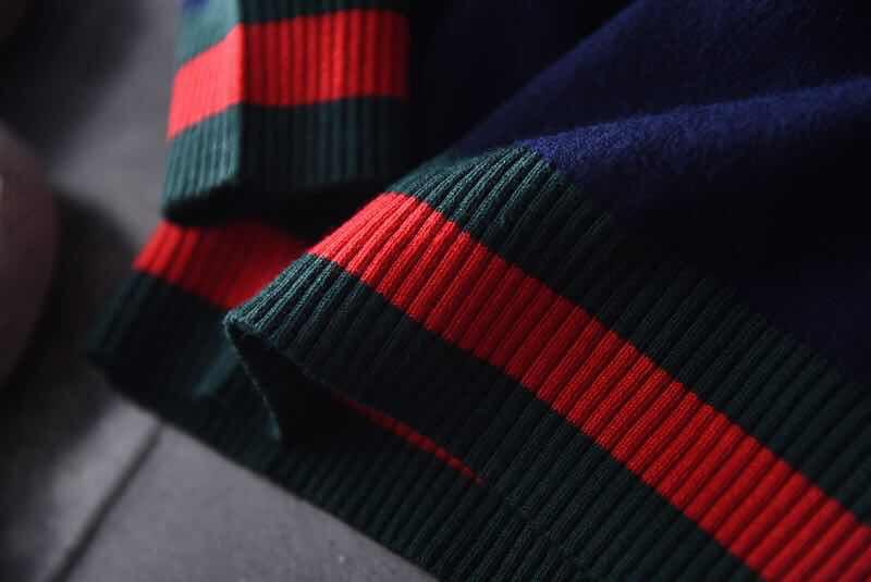 Pullover ragazza autunno Autunno Abbigliamento bambini Honeybee Nuovo modello nei bambini Thin Money Easy Stripe Pure Cotton Knitting Sweater Tide