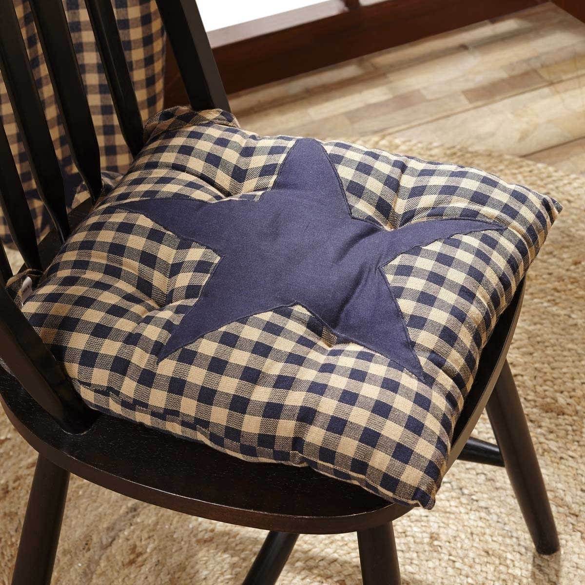 Primitive Tabletop & Kitchen Navy Star Chair Pad (1)