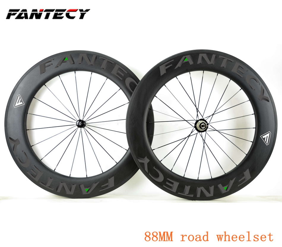 Carbon Wheels 700c 88mm Clincher Road Bike Wheelset with Powerway R13 Hub