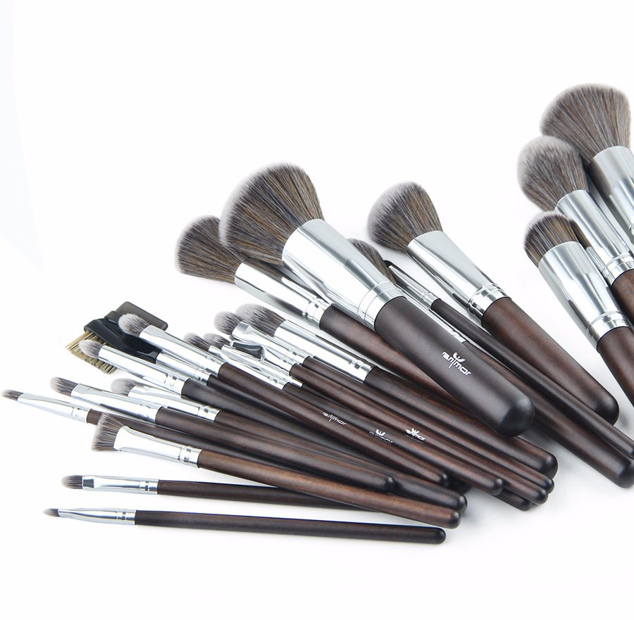 makeup brushes_01
