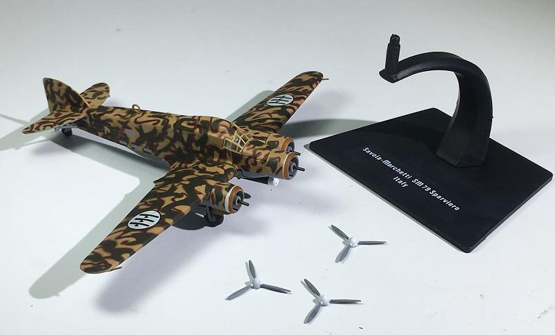 IXO World War II Military Medium Bomber SM-79 Alloy Static Model 1:144 Plastic Decoration Toy Gift Collection