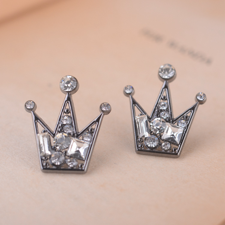 New Men Jewelry Accessories Rhinestones Crown Cross Badge Tassel Brooch Best RS