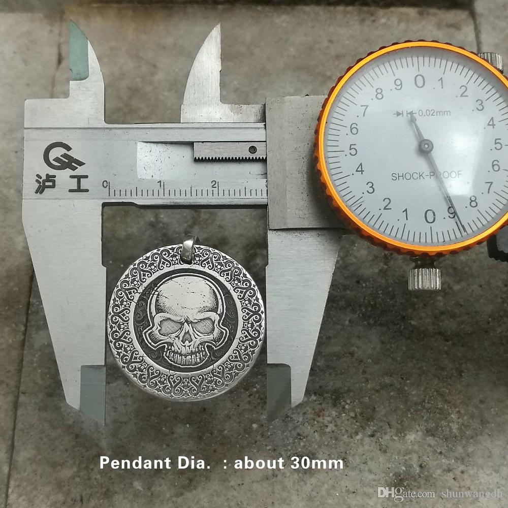 LINSION 999 Gümüş Lazer Kazınmış Yüksek Detay Kafatası Erkek Biker Kolye 9X305 JP