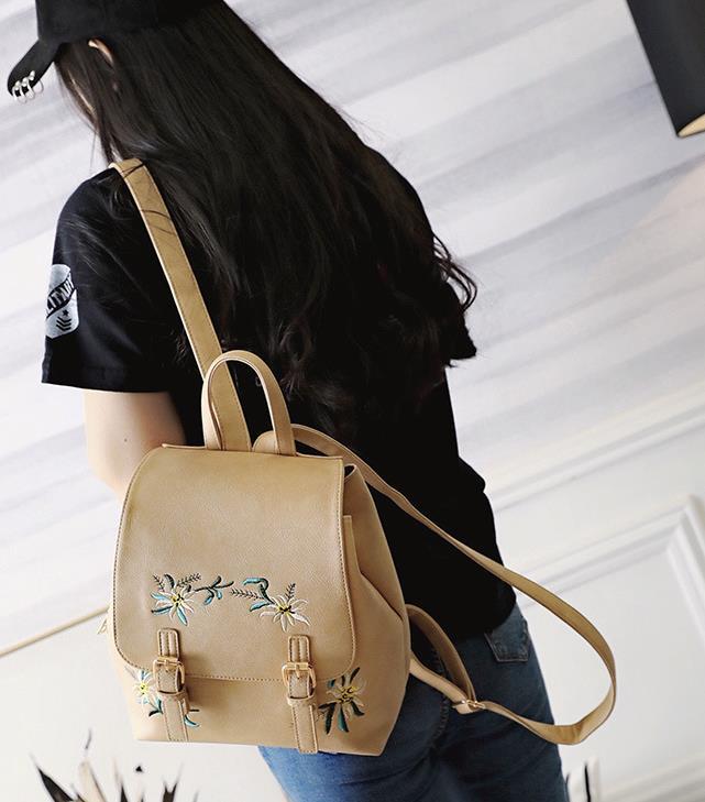 Neue 2018 weiblich bestickt rucksack pu-leder ethnische mode bunte gestickte blumen doppelter umhängetasche wholesale freie lieferung