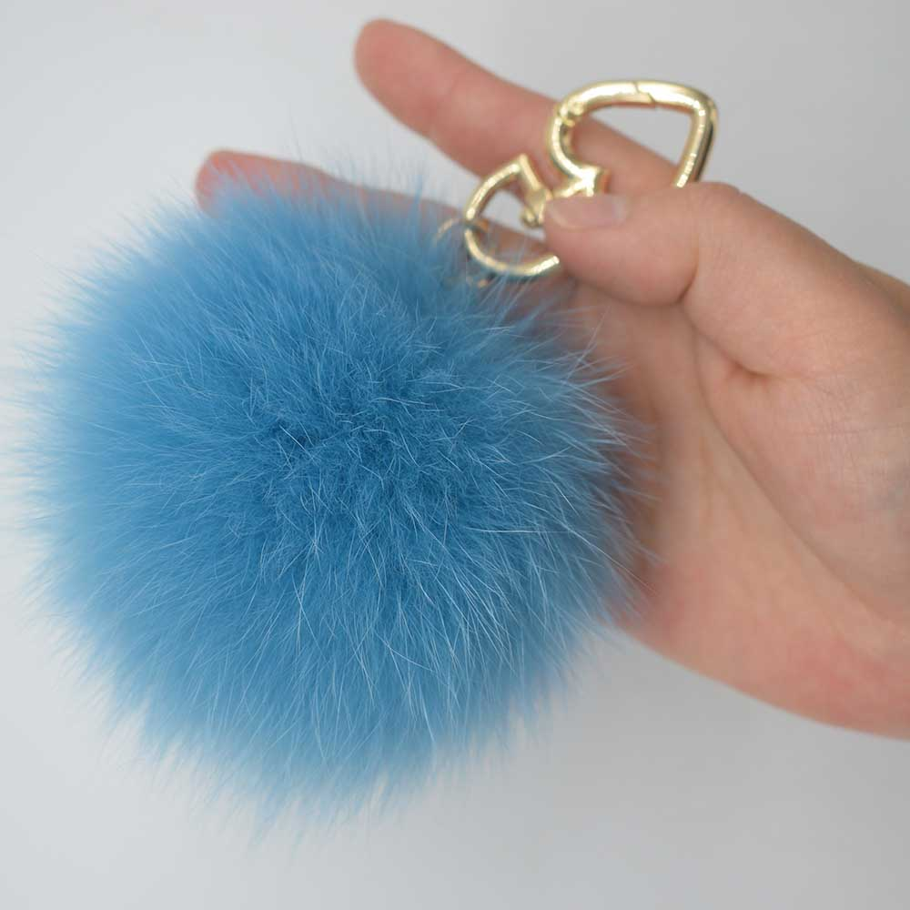 fox fur pompoms 2 ali (4)