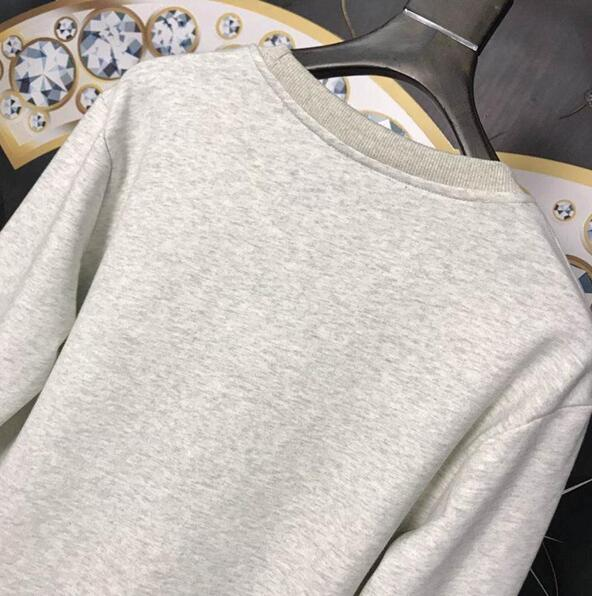 299a08ea43931 ... 18ss England London Autumn Winter Fashion Knight Embroidery Collaborate  Hoodie Men Women Clothes Long Sleeves Casual ...