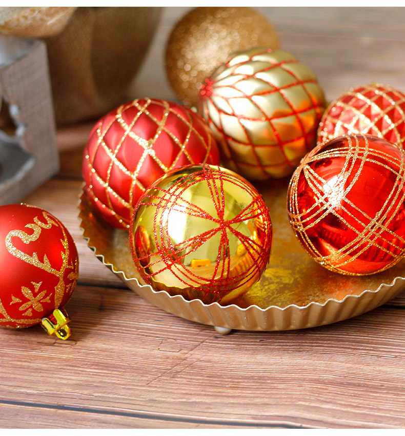 09 inhoo 2018 New Christmas Tree Decoration 7cm Ball Ornaments Pendant Accessories Red white Ball Decor For Christmas Home Party