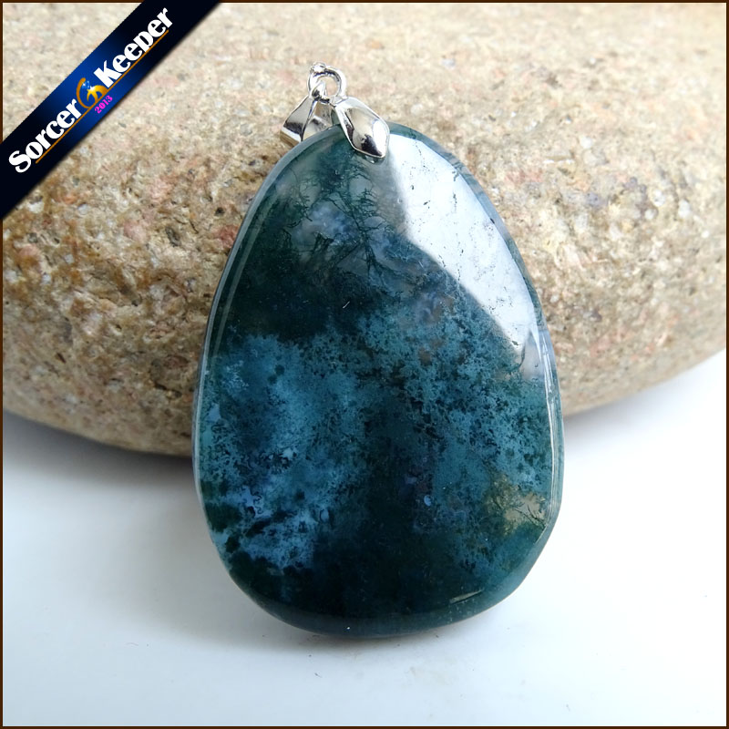 Hand Carved Dragon Animal Men Jewelry Natural Green Agates Stone Pendant Necklace Wholesale Crystal for Boys Gifts SS876