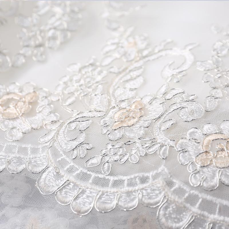 2017 recién llegado blanco Scoop Neck Embriodery sirena con cordones espalda vestido de novia moderno elegante vestido de novia tren de la corte