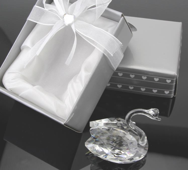 100pcs-wedding-anniversary-gifts-party-supplies-centerpieces-guest-souvenirs-crystal-swan-wedding-favor (2)