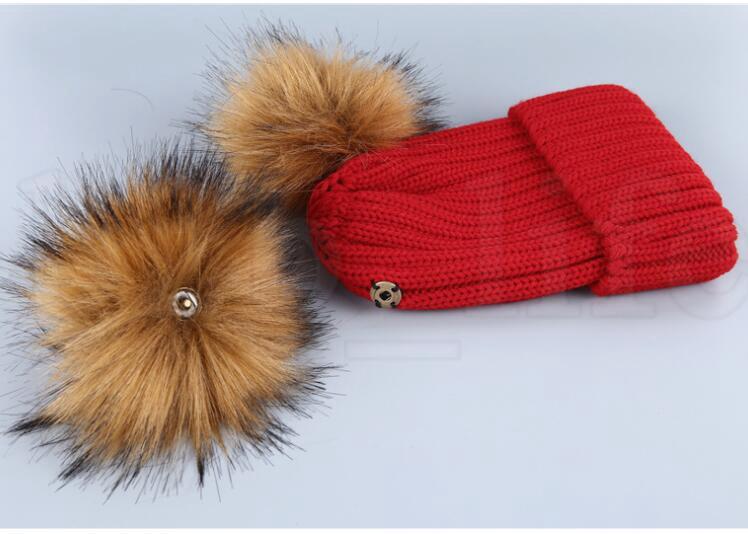 Kadın Faux Kürk Ponpon Şapka Kadın Kış Sıcak Cap Örme Beanie Kız Çift Top Pom Pom Şapka Kadın Bonnet şapka LJJK1103