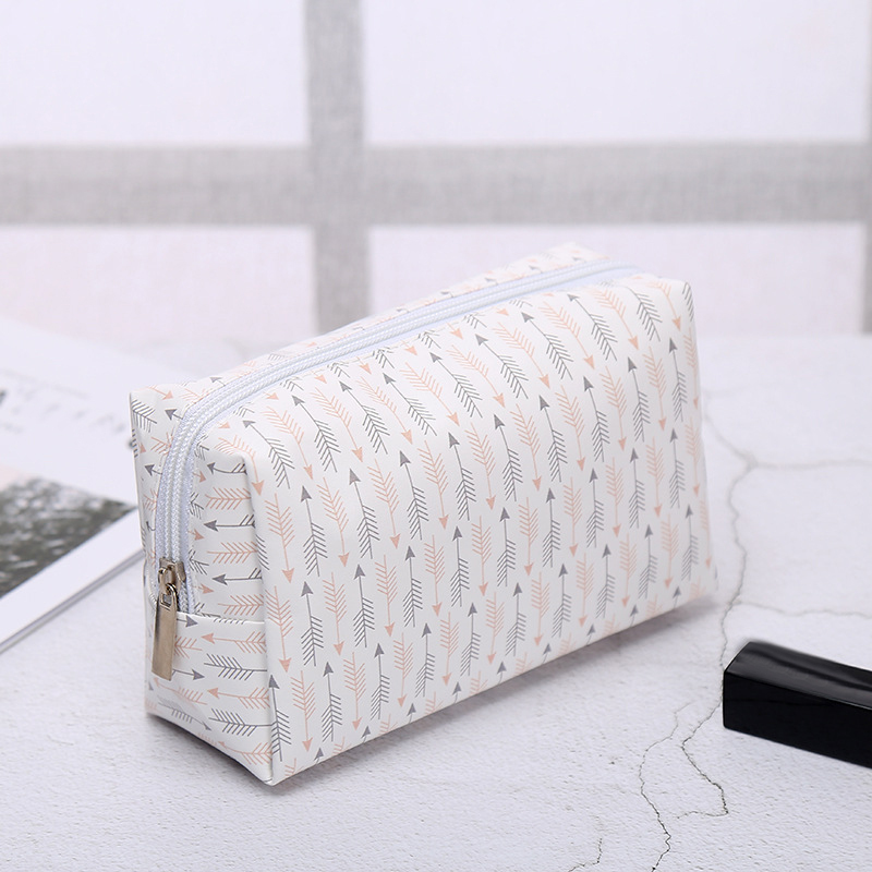 Korean Style Toiletry Bags Travel PU Leather Cosmetic Bag Small Organizer Women Makeup Bag Make up Case Beauty Storage Wash bag S923
