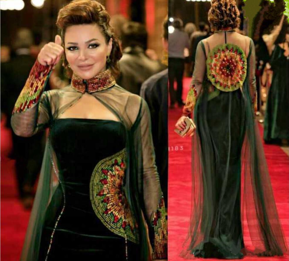 new dark green celebrity kleider mantel straspless velvet perlenstickerei  abendkleider mit high neck tüll perlen illusion long cape