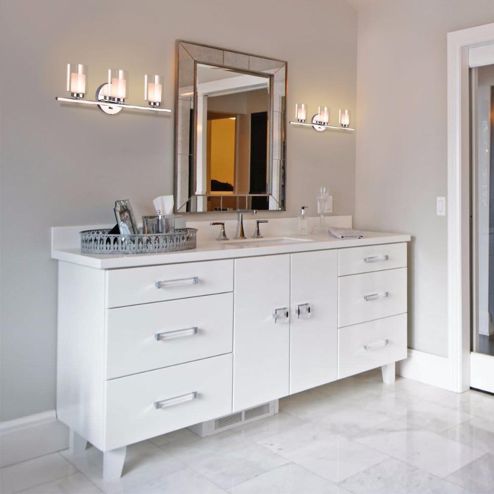 Lumières De Salle De Bains giantex 3-light vanity light applique murale chrome brossé finition verre  shade applique murale de salle de bains meubles modernes ep23367