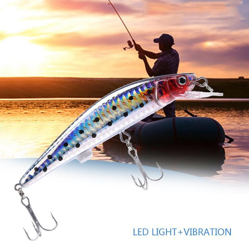Intelligent LED Light Fishing Lure USB Rechargeable Fishing Lures Treble Hook Electronic Fishing Lamp Baits Lures For Lake Y1892114