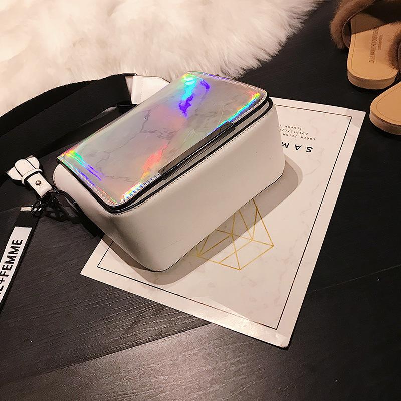 2018 HOT Fun personalized fashion laser shell shape chain shoulder bag purse ladies crossbody handbag mini messenger bag flap D18102407
