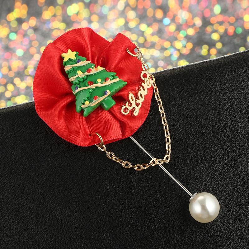 2018 Christmas Series Christmas Tree Christmas Hat Santa Claus Gift Box Pearl Brooch Button CY202