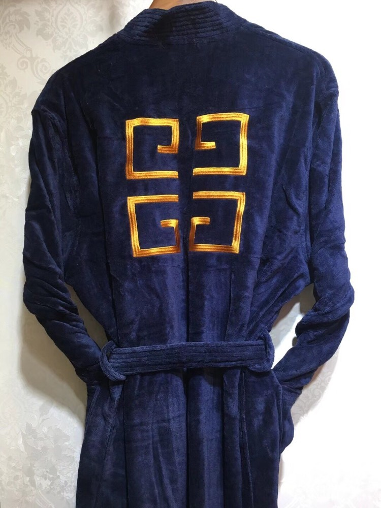 2018 new men's and women's fashion trends, multiple colors men pyjamas Women silk robes Badge pattern
