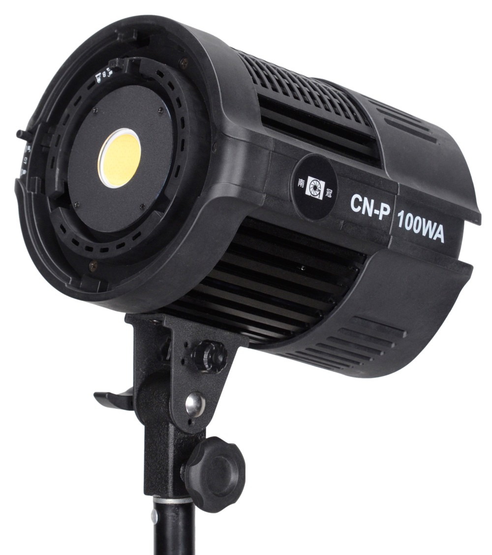 100WA Without Lens&Barndoors