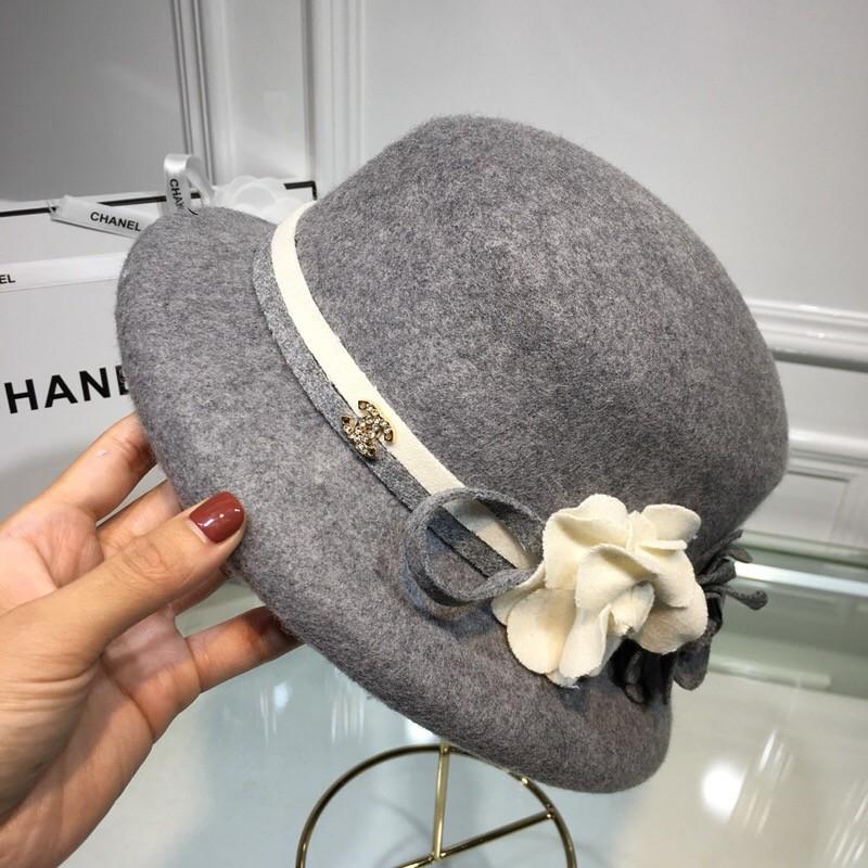2018 autumn classic Camellia flat top hat, 100% cashmere, mountain flower color, ladies, children, goddess Fashion