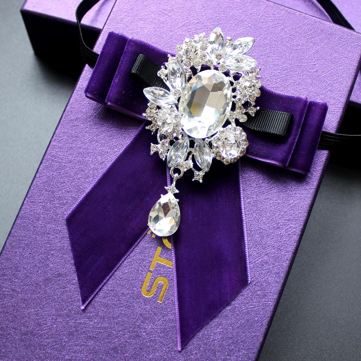 Handgemachte Mode Boutique Herren Anzug Grau Kragen Blume Hemd Fliege Hochzeitsbankett Kragen Schmuck Strass Fliege