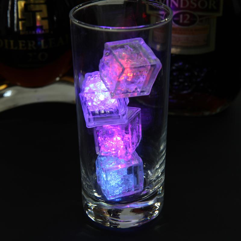 200 pcs Multi LED Cor Mudando Flash de Luz Cubo De Cristal De Gelo para Festa de Casamento Barras de Eventos Chirstmas Multi Color transporte rápido