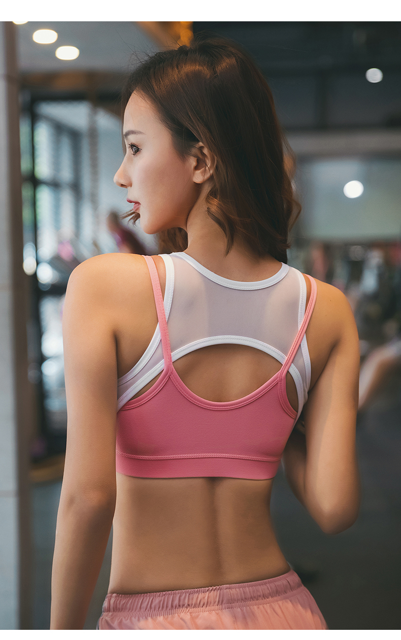 c77fbb9a3a2cb Colorvalue New Contrast Color Fitness Gym Bra Women Mid Support Push Up  Athletic Sport Bra Top High Neck Dance Yoga Brassiere