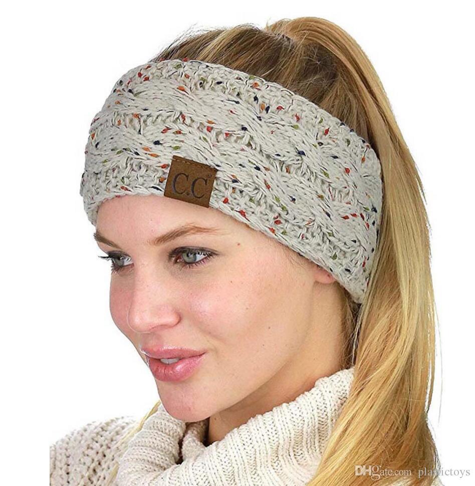 Die Hüte der Modefrauen Leeres Spitzenwollhutpunktgarn 7 Farben können Stricknadelhaarumbau-Pferdeschwanzkappe wählen