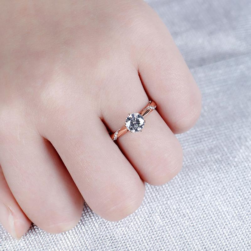 rose gold moissanite emgagement ring (5)