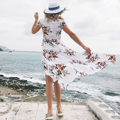 8e1f382f59 Casual dresses are the most commonly seen dresses for women among all  clothing. A pair of yellow dresses can make woman look soft and charming  more than any ...