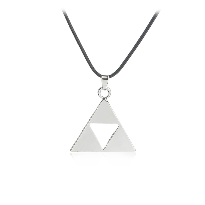 collier triforce homme