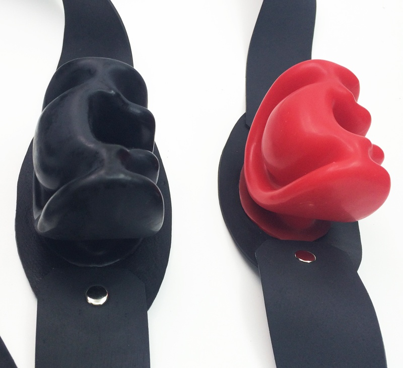 Latex Fetish Bondage Gear Mouth Gag Bite Oral Fixation Adult Sex Toys BDSM Erotic Play Slave Torture for Hardcore Games New Black Red
