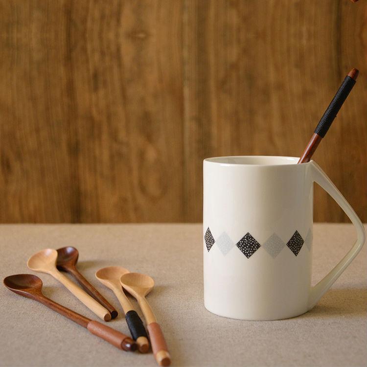 Set of 6 Long Handle Wooden Spoons Dessert Coffee Stirring Spoon Natural Wood Japanese Style Honey Spoon Tableware Accessories (6)