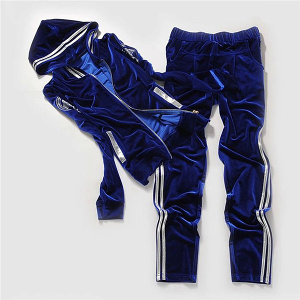 High-end-Women-Set-Brand-Velvet-Fabric-Tracksuits-Velour-2-Piece-Suit-Fashion-Printed-Hooded-Hoodies (4)