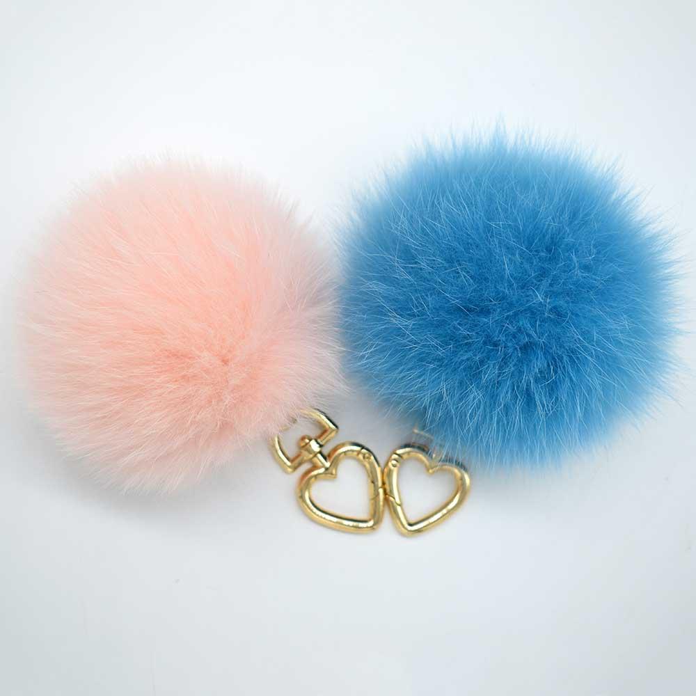 fox fur pompoms 2 ali (3)