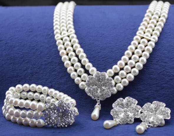 2019 nuova moda nuziale collana orecchini braccialetto gioielli set perla strass nozze gioielli accessori costume nuziale