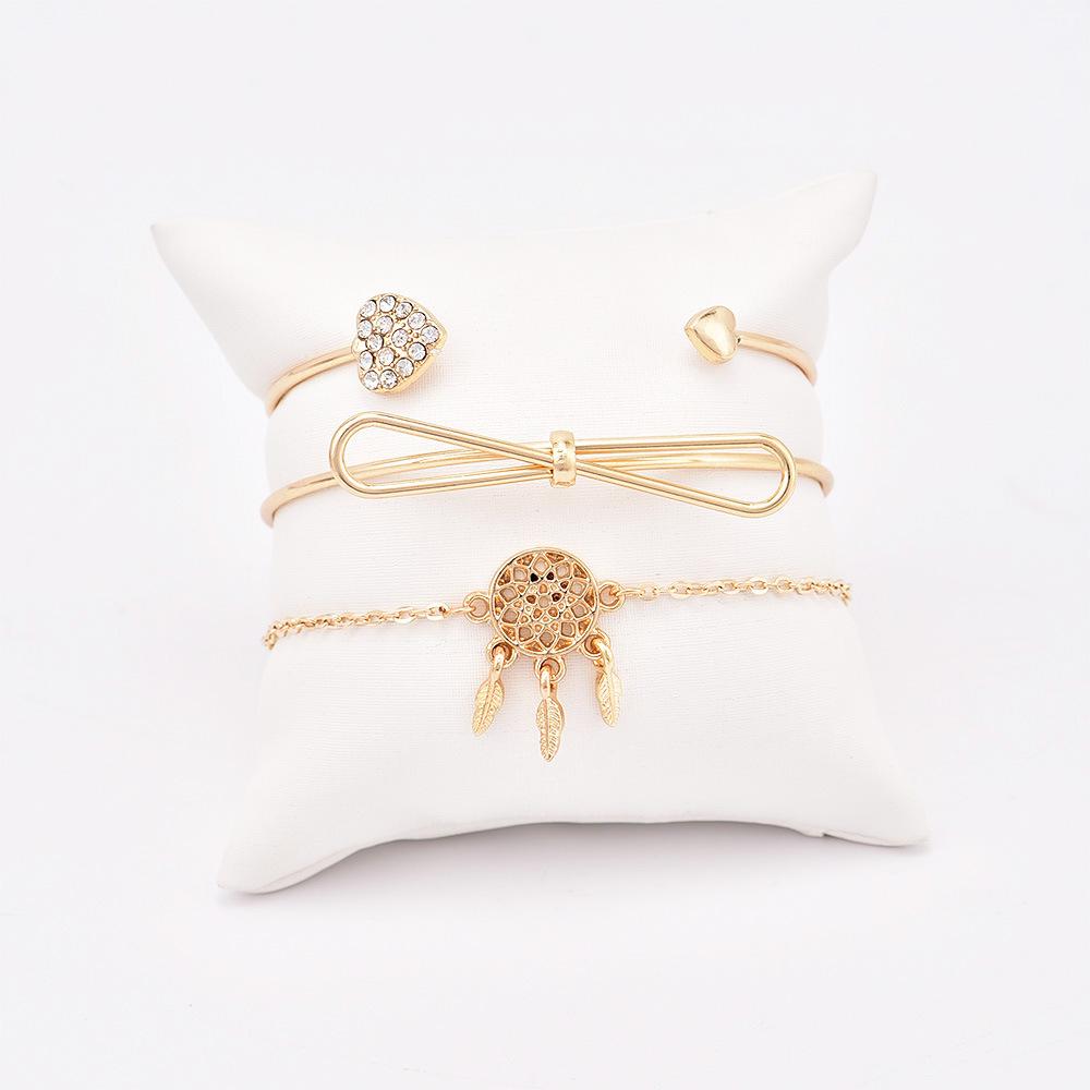 Bohemian Retro Bangle Gold Bow Heart crystal Dreamcatcher Pendant feathe Open Bracelet Women Party Wedding Accessories