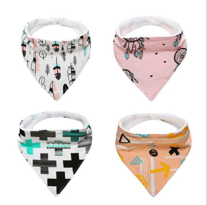 / Infant Boy Girl Bibs Cute Character Out of Cartoon Animal Toddler Triangle Breastplates Newborn Burp Clothing