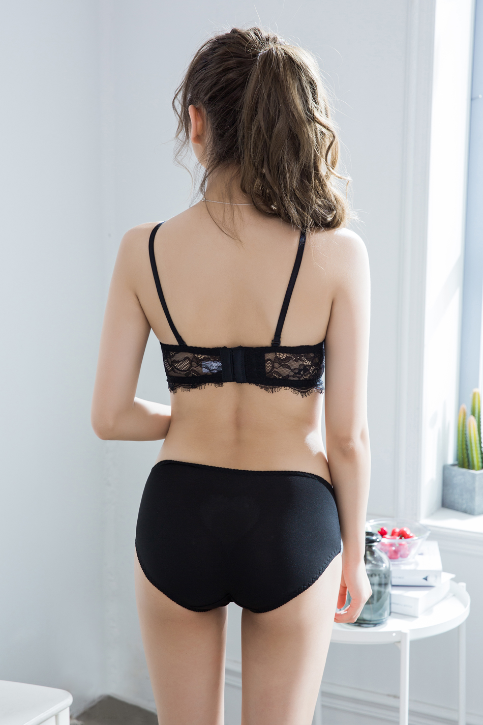 MIGNMO 2017 Hot Sale Luxury Square Cup Brand Sexy Intimates Lace Eyelashes Floral Push Up Bra Set Underwear Sexy Women Bra Panty()