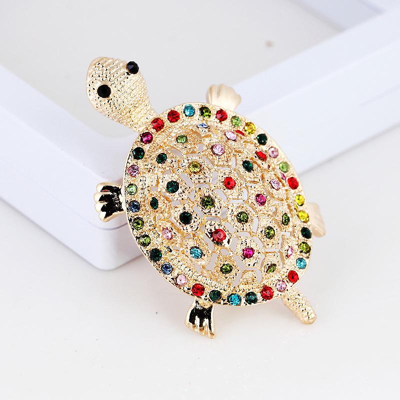 Ocean Sea Animal Tortoise Crystal Brooch Turtle Pin Badge Costume Jewelry
