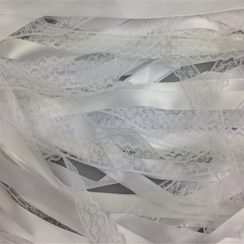 White-Ribbon-and-Lace-Fairy-Stick-Twirling-Streamers-30Pcs-Festival-Party-Favor-Confetti-Ribbon-Wedding-Sticks (4)
