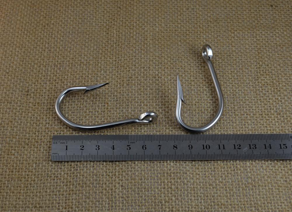 large size hook 7