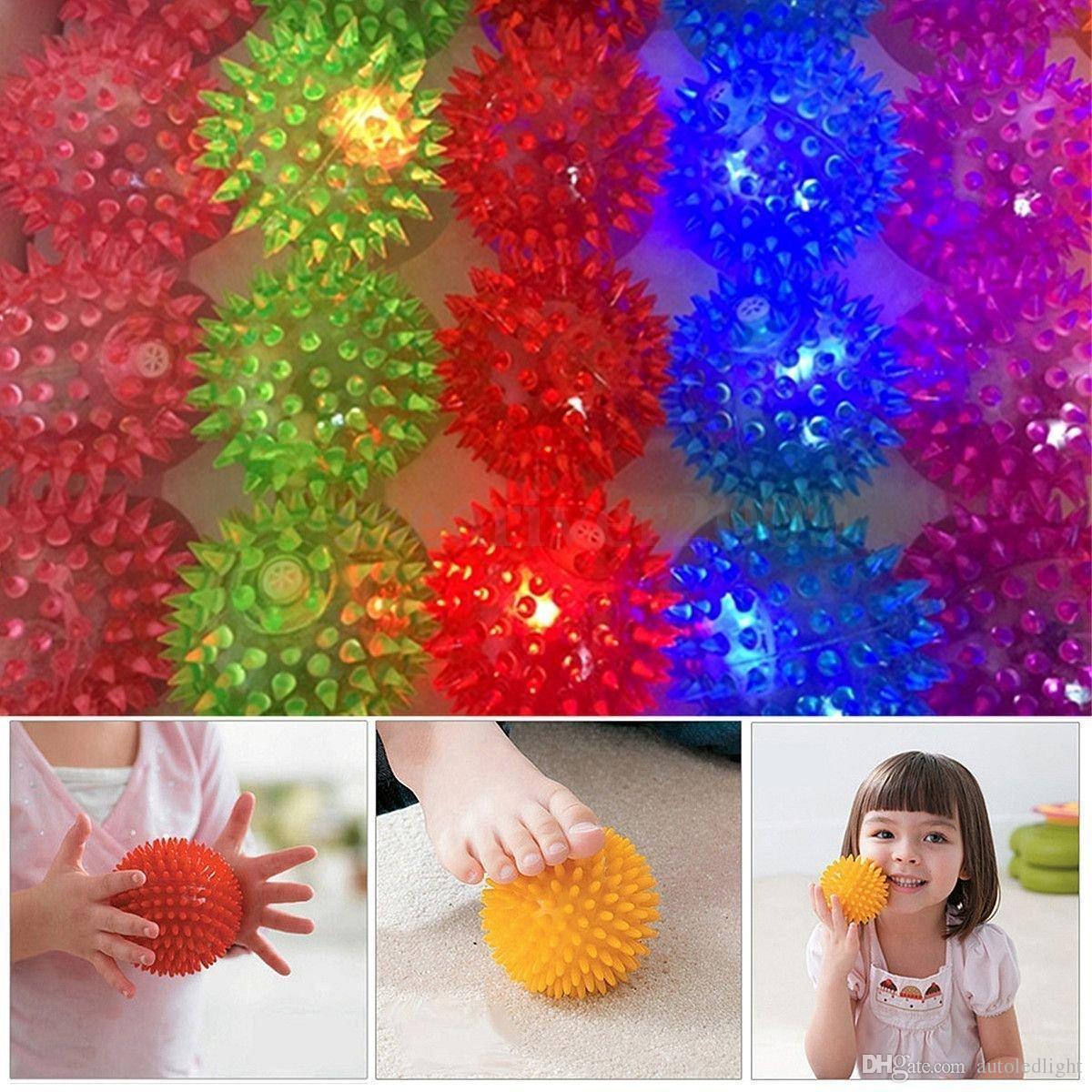 Soft Rubber Flash Ball LED Toys Hedgehog Bouncing Ball Flash Barbed Ball Led Flash Pet Toys Christmas Birthday Festival Gift