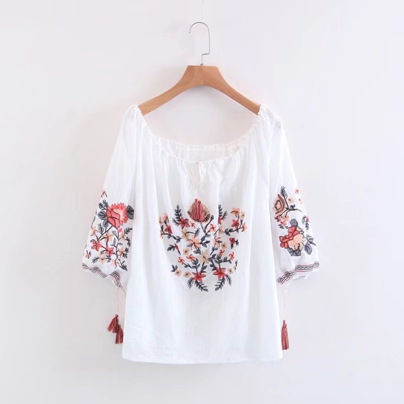 2018 New Fashion Women National Cotton Cloth Wind Embroidery One-Word Collar Blouses Loose Sweet For Girls