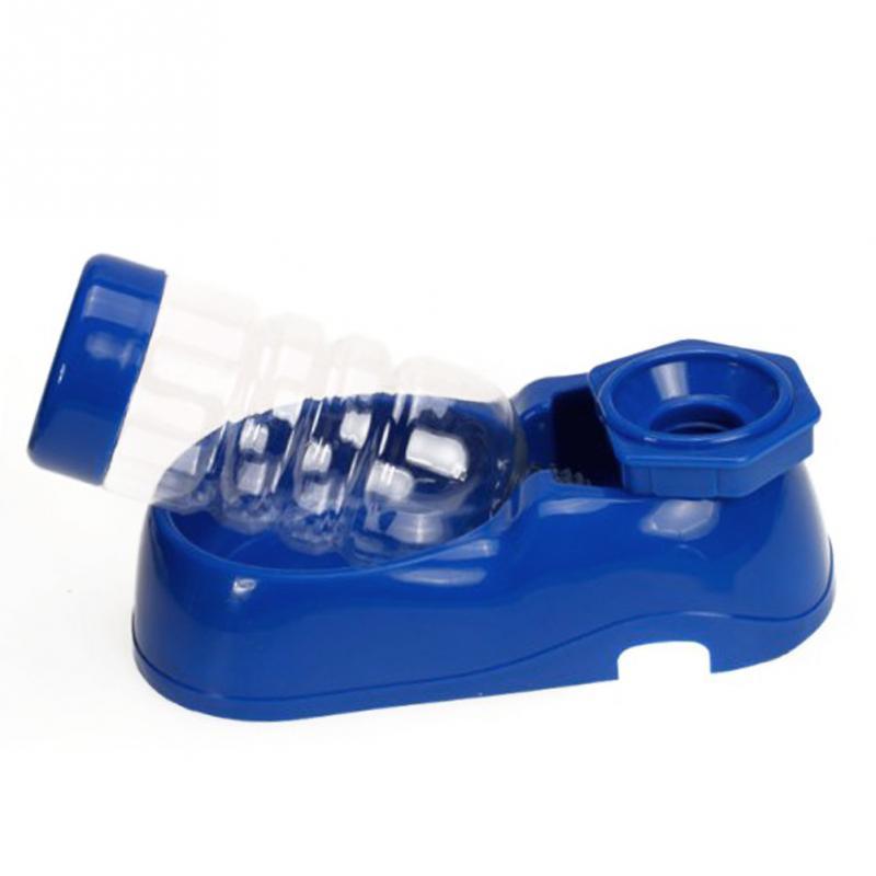 Neueste kreative nachgefüllte Haustier-Hundekatze-Wasser-Trinkbrunnen-Flasche automatisch
