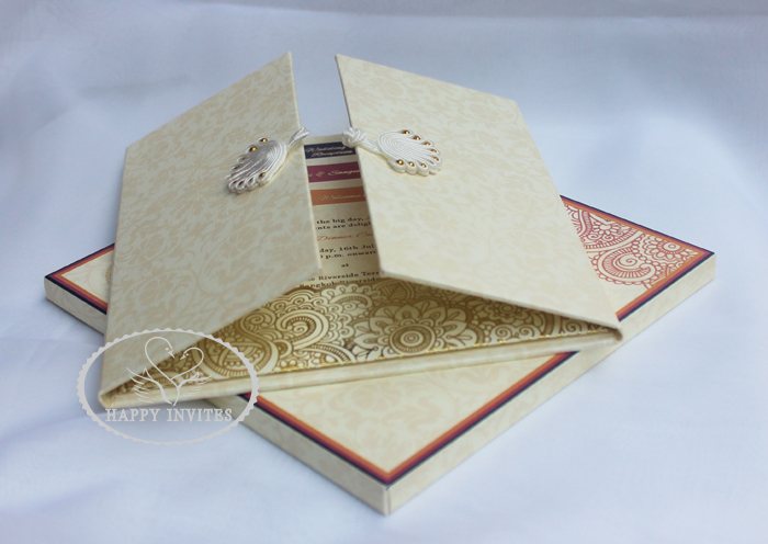 HI1091 - 08Personalized Hard Cover Gate Fold Wedding Card with Gold Foil