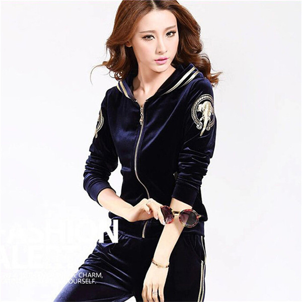 High-end-Women-Set-Brand-Velvet-Fabric-Tracksuits-Velour-2-Piece-Suit-Fashion-Printed-Hooded-Hoodies (1)