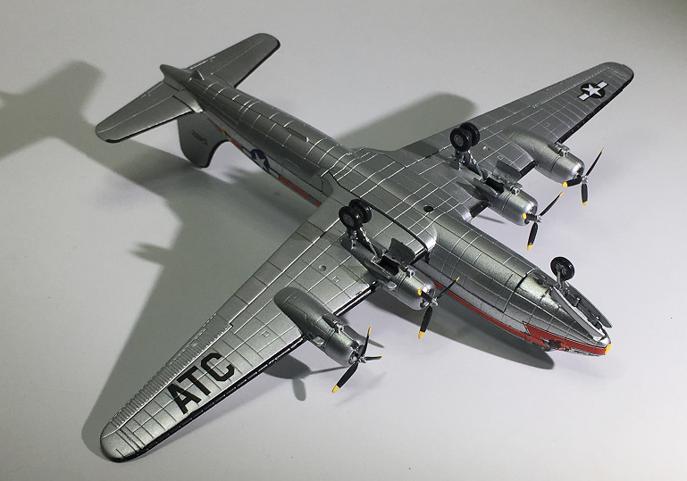 Military Alloy Strategic Transport Aircraft Skymaster C-54 Model 1:144 Plastic Ornaments Toys Collection Gifts